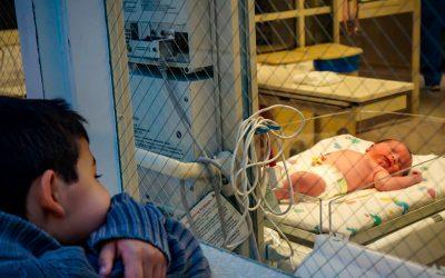 Evitar la multipunción en neonatos, uso de PICC de doble luz